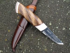 kniv nr 142